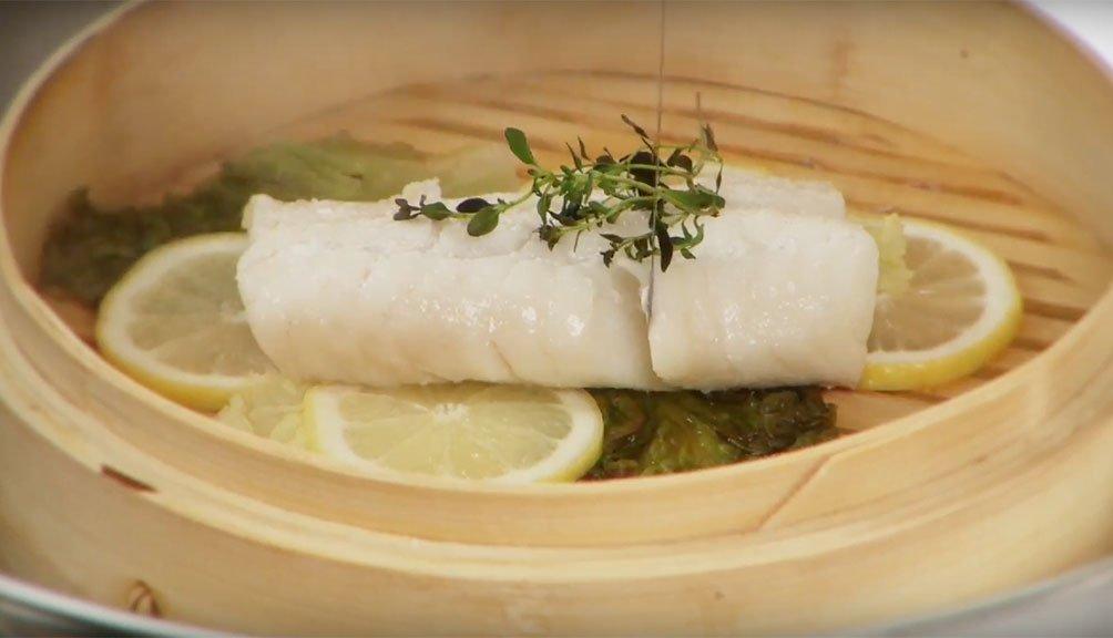 Cocinar pescado congelado al vapor